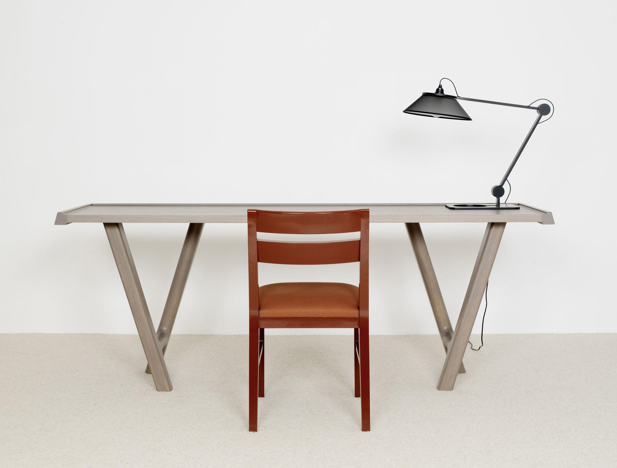 Bureau console bui chaise ivy lampe psp christophe delcourt for Bureau console