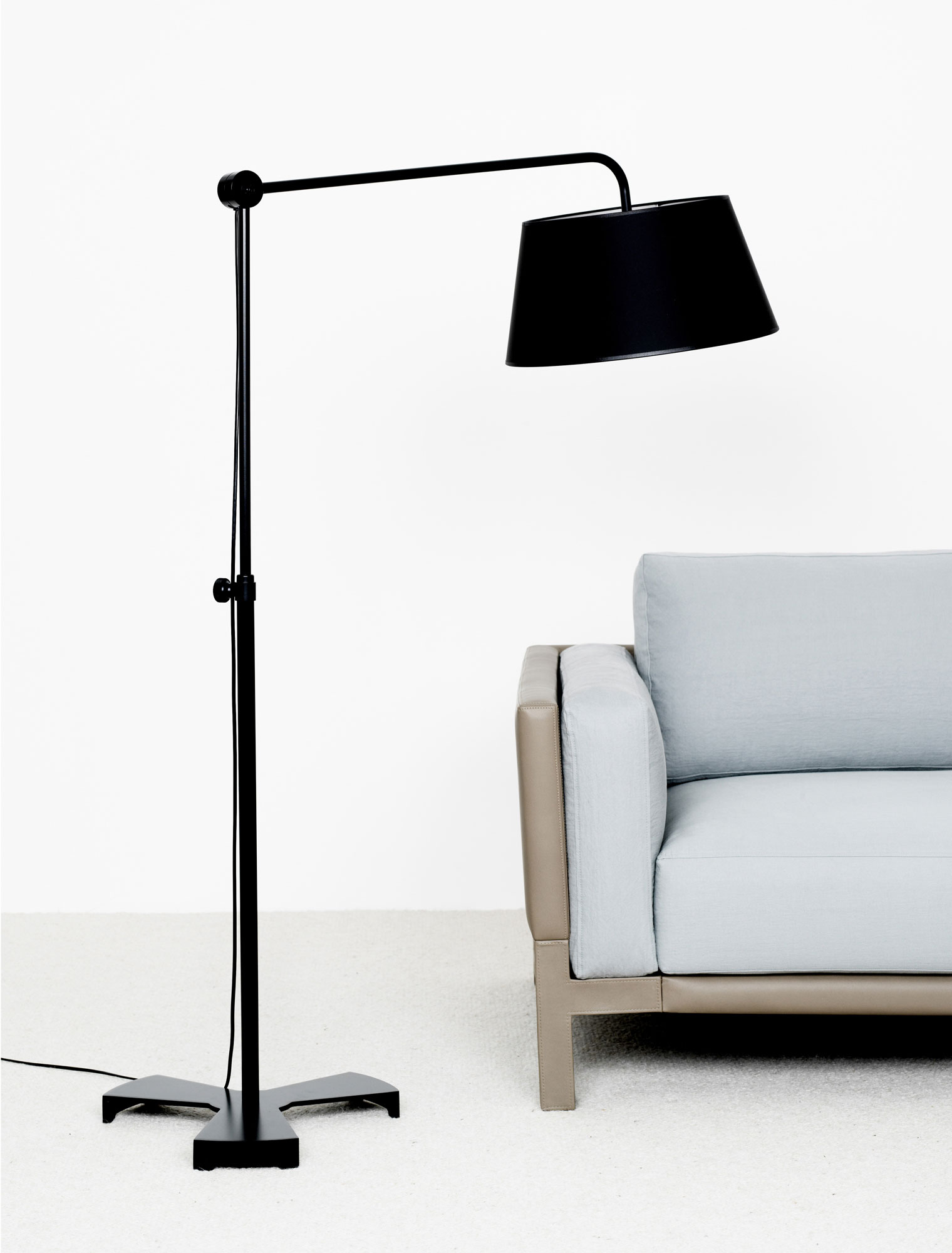 canape noe lampadaire hok christophe delcourt. Black Bedroom Furniture Sets. Home Design Ideas