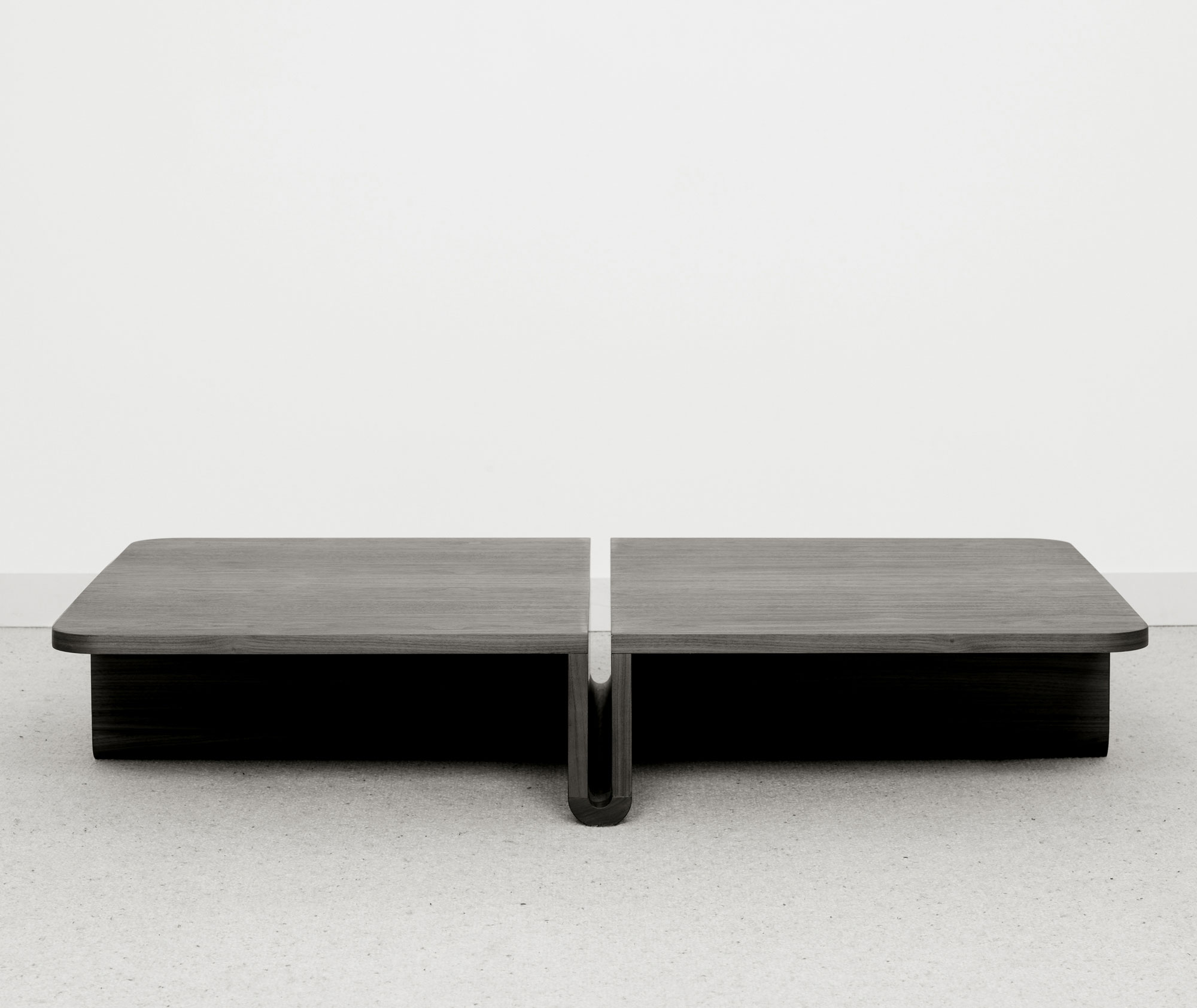 table basse dup rectangulaire christophe delcourt. Black Bedroom Furniture Sets. Home Design Ideas