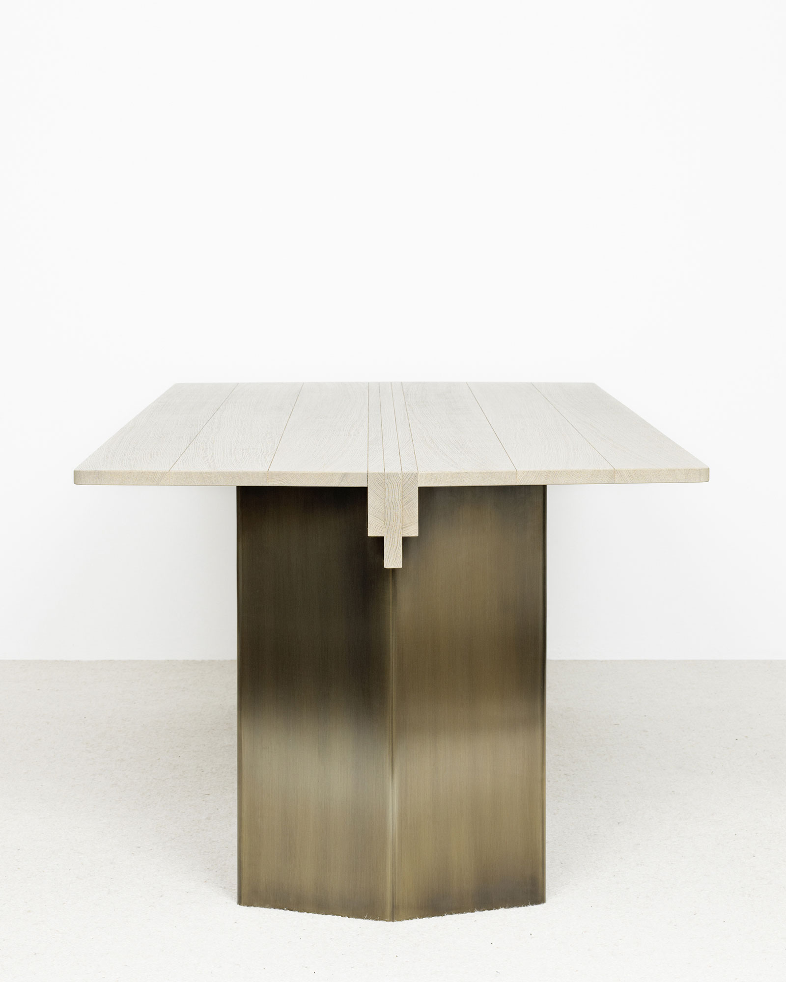 Table Zor 2 - Christophe Delcourt